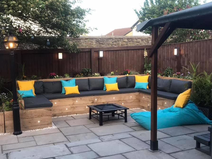 Outdoor cushions that can left out all year round - rain or shine.