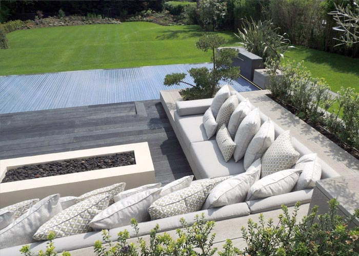 Bespoke Outdoor seat and backest cushions for a wooden pallet seat